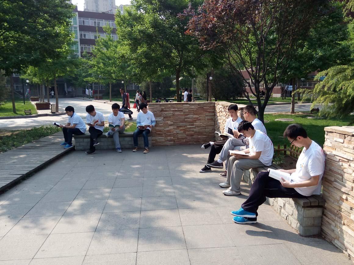 """北京出版中心举办""""读书快闪""""活动"""